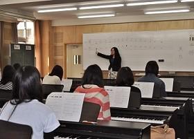 入学予定者対象のピアノ初心者レッスンを行いました