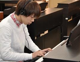 ピアノ初心者レッスン (10)