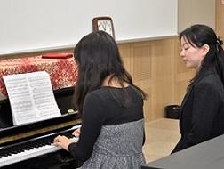 ピアノ初心者レッスン (8)