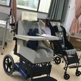 車いす製作(介護福祉科1年生)