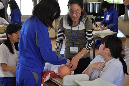 子どもの保健Ⅱ 「子どもの身体計測をしました(保育科)」
