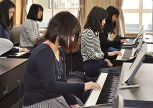 ピアノ初心者レッスン (4)
